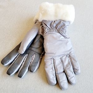 UGG Weather Resistant Grey Tech Gloves S/M